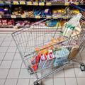 Potraviny na Slovensku nie sú ani drahé ani lacné, tvrdí analytik