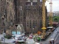V Sagrada Famílii horelo, evakuovali 1500 turistov!