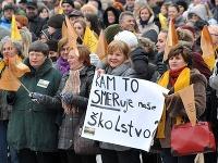Protestné zhromaždenia nespokojných učiteľov