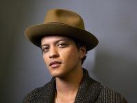 Ako veľký je Bruno Mars Dick