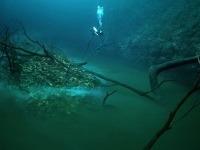 Vrstva sírovodíka vytvára domnelú rieku