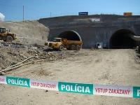 Miesto tragickej nehody, pri ktorej zavalilo šiestich robotníkov na stavenisku tunela Šibenik pri Levoči.