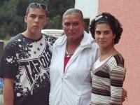 Martina Šimkovičová s deťmi Petrom a Nikolou