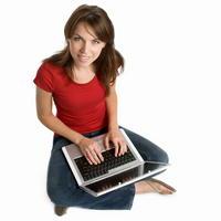 Ak si chcete nájsť čo najrýchlejšie prácu a ušetriť čas, hľadajte ju prostredníctvom internetu.