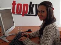 Zdenka Predná bola online.
