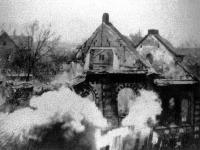 Zničenie židovskej synagógy počas Krištáľovej noci