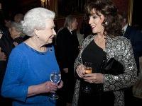 Kráľovná Alžbeta II. a Joan Collins