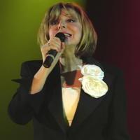 Hoci speváčka honorár nedostala, tak pred vypredanou sálou odviedla stopercentný výkon.