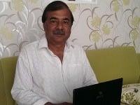 Majster Swami Shri Sanjiv Kasyap, s ktorým sa spisovateľka Alana Dev Priya Židziková spoznala v Indii, bol online.
