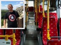 Billy si šoféra autobus nevedel vynachváliť