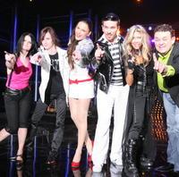 Finalisti šou sa s členmi Elánu vidia len na javisku počas priameho prenosu.