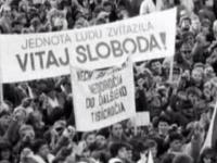 Takto sme pred 25 rokmi vítali slobodu