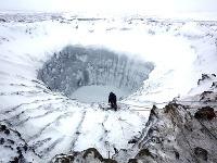 Vedci sa rozhodli preskúmať aj dno záhadného kráteru na Sibíri.