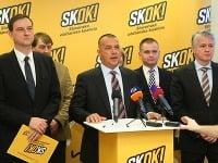 Juraj Miškov (v strede)