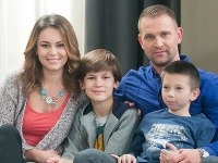 Timur Kramár si pred šiestimi rokmi zahral v markizáckom seriálu Chlapi neplačú syna Tomáša Maštalíra.