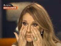 Céline Dion sa priamo pred kamerami rozplakala.