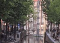 Holandský startup chce cez kanál v Amsterdame vytlačiť prvý 3D oceľový most