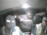 Opitý vodič vytiahol nôž a smrteľne zranil dôstojníka.