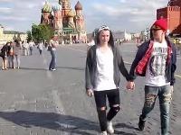 Homosexuáli to v Rusku určite nemajú ľahké.