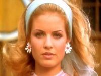Zuzana Norisová vo filme Rebelové. Odvtedy sa výrazne zmenila.