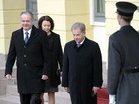 Fínsky prezident Sauli Niinistö a slovenský prezident Andrej Kiska počas oficiálnej návštevy Fínska.