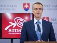 Predseda Výboru NR SR pre zdravotníctvo Richard Raši počas TK na tému: Recept KDH na tunelovanie štátnej poisťovne