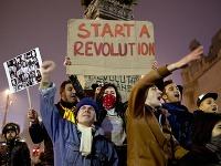 Ľudia v Rumunsku pokračujú v protestoch proti korupcii. Tragédia v nočnom klube Colektiv vyvolala vlnu demonštrácií.