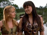 Xena a Gabriela mali k sebe vždy blízko. V nových častiach vyjde najavo prečo - sú milenkami.