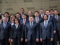 Premiér Robert Fico a ministri
