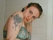 Lena Dunham nepatrí medzi sexice, no rada sa ukazuje vyzlečená.