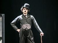 Maksym Sklyar ako Charlie Chaplin v novom tanečnom projekte Ondreja Šotha v Štátnom divadle Košice