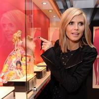 2b7bf422d4 Heidi Klum v päťdesiatke  Bude vyzerať ako Barbie!