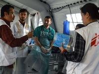 Lekári bez hraníc zachraňujú životy úbohých utečencov