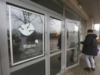 Poľská prokuratúra vyšetruje novú inscenáciu divadla Teatr Powszechny im. Zygmunta Hübnera s názvom Kliatba.