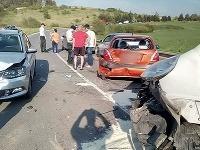 V Spišskej Novej Vsi sa zrazilo 6 vozidiel, z toho jedna dodávka.
