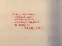 Cigarety na zem nepatria