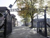 Koncentračný tábor.