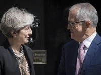 Theresa Mayová a Malcolm Turnbull