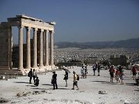 Akropolu každoročne navštívia viac ako tri milióny ľudí