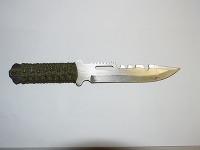 Nôž, ktorým 31-ročný muž ohrozoval ženu a následne bodol do chrbta muža
