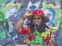 Robert Mugabe a Grace Mugabeová