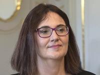 Na snímke kandidátka Slovenskej národnej strany (SNS) na pozíciu ministerky školstva, vedy, výskumu a športu SR Martina Lubyová.