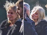 Zuzana Vačková na pohrebe nedokázala zastaviť plač.