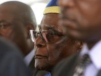 Mugabe sa objavil prvýkrát od puču na verejnosti.