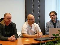 Pacient Roman Brüll, Branislav Kolarovszki a Rastislav Penciak