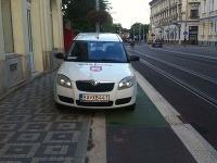 Jazda na bicykli cez hlavné mesto sa môže považovať za adrenalínovú disciplínu: FOTO Cyklisti sa búria!