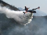 Kaliforniu sužuje druhý najväčší požiar v dejinách tohto amerického štátu