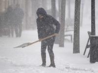 Slovensko bojuje so snehom