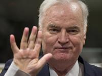 Na archívnej snímke bývalý bosnianskosrbský generál Ratko Mladič