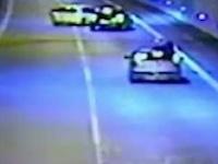 Agresívny vodič zablokoval v tuneli mladú rodinu